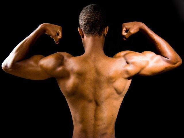 Dit zijn 5 feiten die je moet weten over magere kwark en waarom sporters er zo gek op zijn