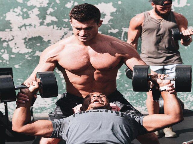 Dit zijn 5 goede eigenschappen van de juiste trainingspartner uitgelicht